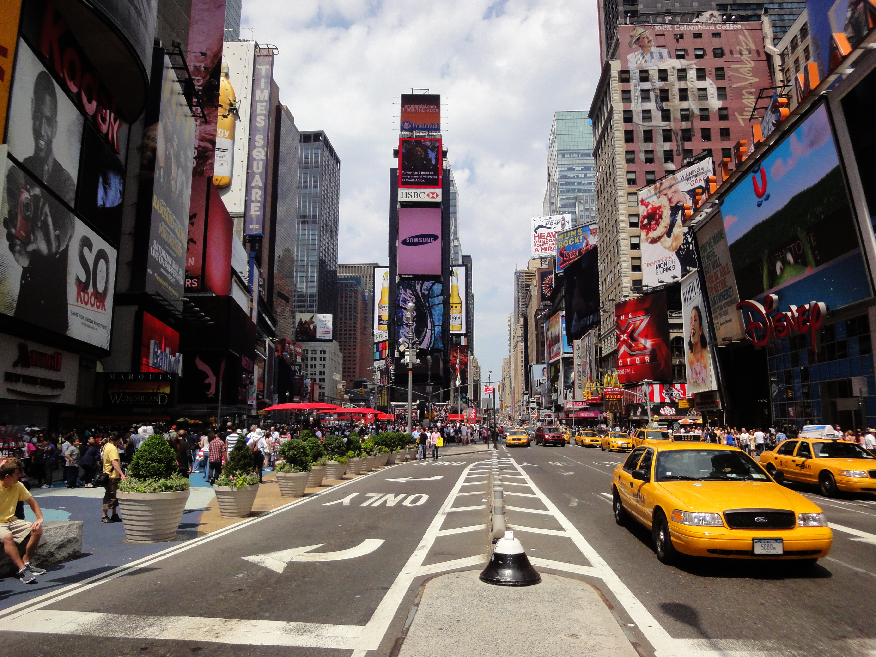 Times Square at daytime | Swiss Economist